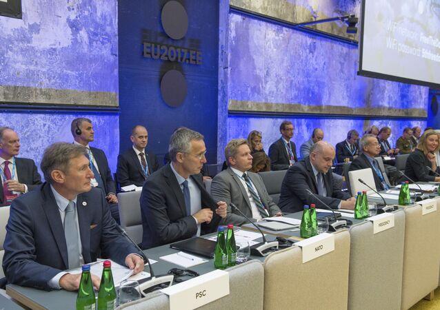 Nieoficjalne posiedzenie ministrów obrony i spraw zagranicznych UE w Tallinie