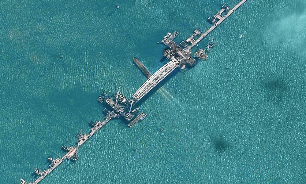 Budowa Mostu Krymskiego z kosmosu