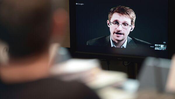 Edward Snowden - Sputnik Polska