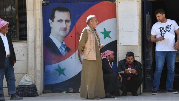A ponieważ perspektywy, że al-Asad ustąpi, są coraz mniejsze, jego wrogowie obierają nowe cele - Sputnik Polska