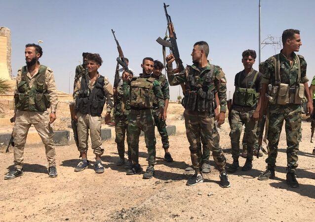 Syryjskie wojska przerwały pierścień okrążenia przy południowym wjeździe do Dajr az-Zaur