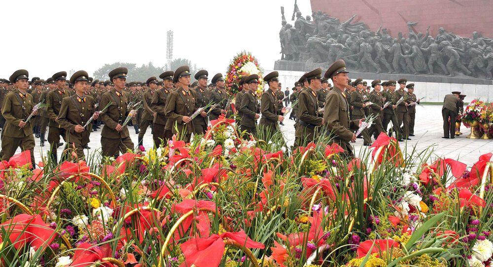 Północnokoreańscy żołnierze w Pjongjangu