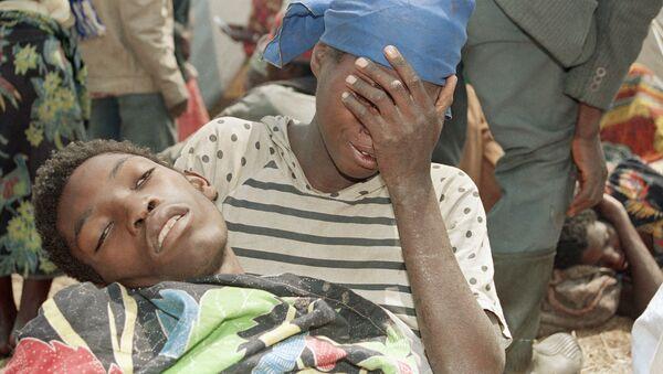 Uchodźcy z Rwandy w jednym z obozów w Zairze. 1994 r. - Sputnik Polska