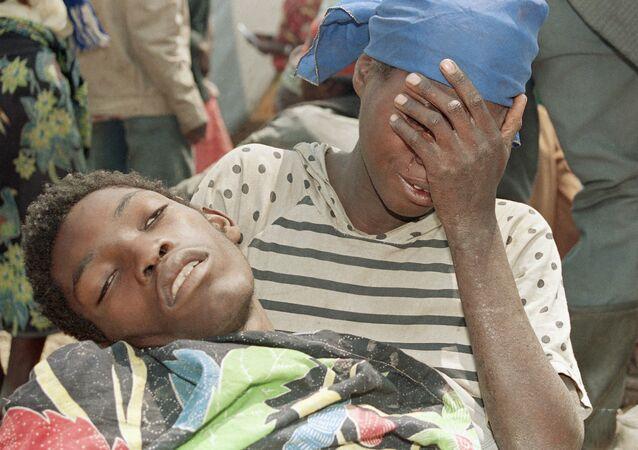 Uchodźcy z Rwandy w jednym z obozów w Zairze. 1994 r.
