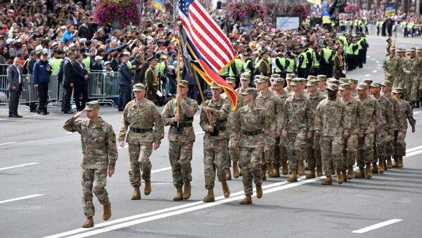 Amerykańscy wojskowi na defiladzie z okazji Dnia Niepodległości w Kijowie - Sputnik Polska