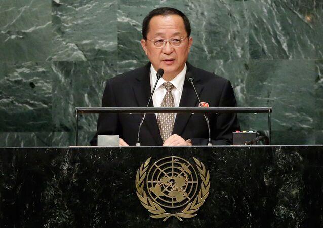 Szef MSZ Korei Północnej Ri Yong Ho