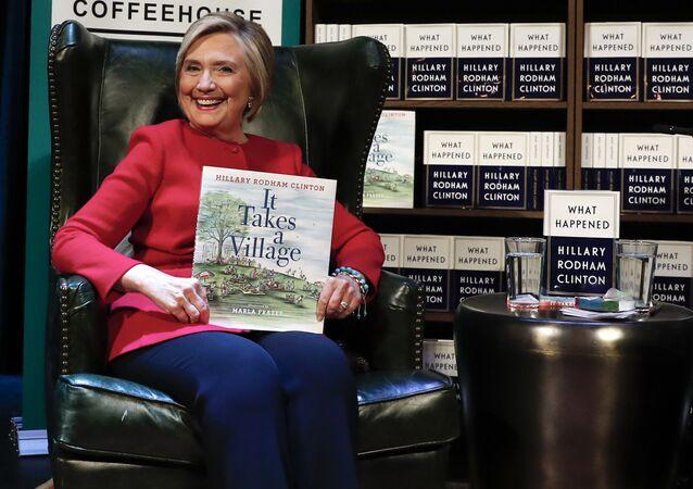 Hillary Clinton na prezentacji swojej nowej książki Co się stało w Waszyngtonie