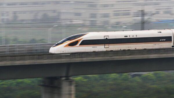 Na tory wrócił najszybszy pociąg świata - Sputnik Polska