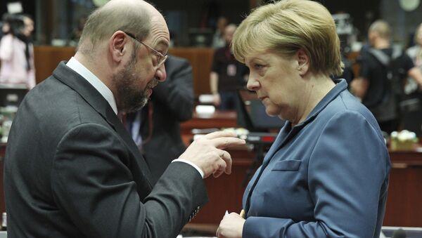 Martin Schulz i Angela Merkel - Sputnik Polska