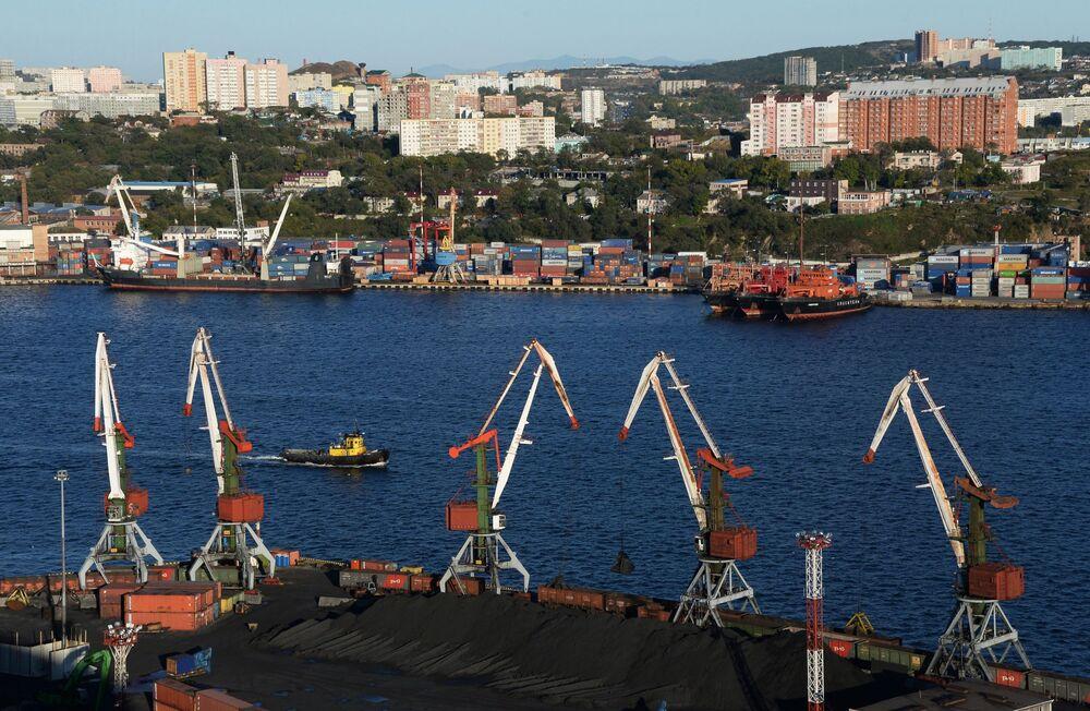 Port we Władywostoku