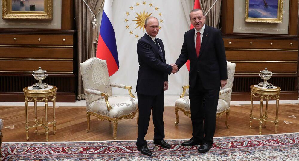 Prezydent Rosji Władimir Putin i prezydent Turcji Recep Tayyip Erdogan podczas spotkania w Ankarze