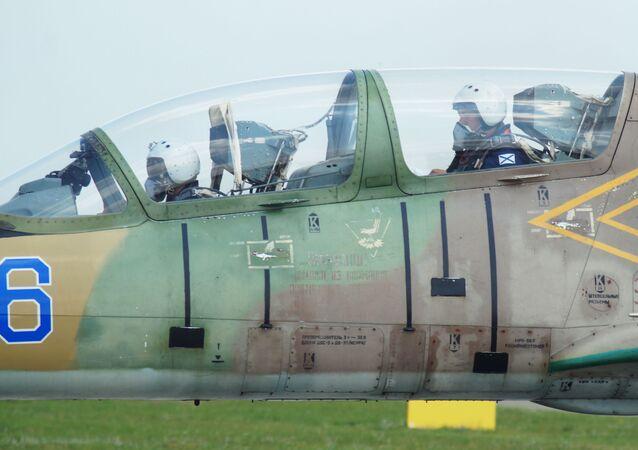 Samolot L-39