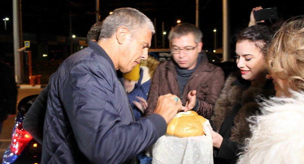 """Gwiazdor """"Taxi"""" przyjechał na Krym"""