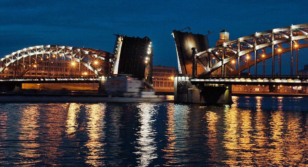 Most Piotra Wielkiego, Petersburg