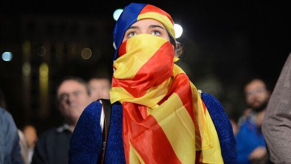 Uczestnicy referendum ws. niepodległości Katalonii oczekują na wyniki głosowania - Sputnik Polska