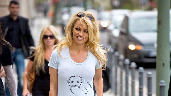 Amerykańska aktorka i modelka Pamela Anderson - Sputnik Polska