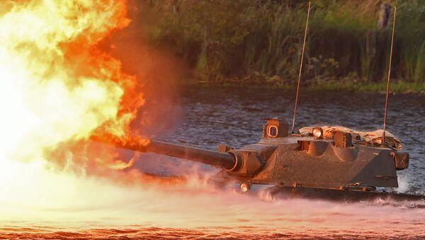 Lekki pływający niszczyciel czołgów przeznaczony dla wojsk powietrznodesantowych Sprut-SD podczas pokazu sprzętu wojskowego w obwodzie moskiewskim. - Sputnik Polska