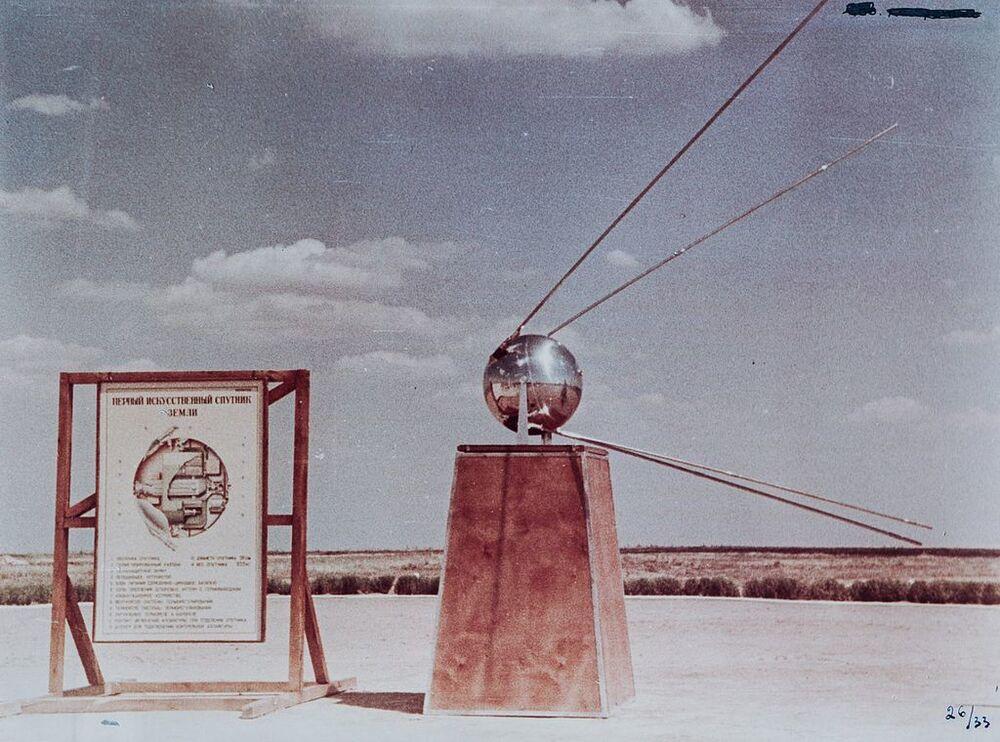 Makieta pierwszego sztucznego sputnika Ziemi