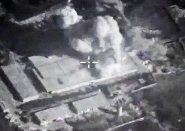Siły Powietrzno-Kosmiczne Rosji zaatakowały bazę terrorystów w prowincji Idlib pociskami manewrującymi
