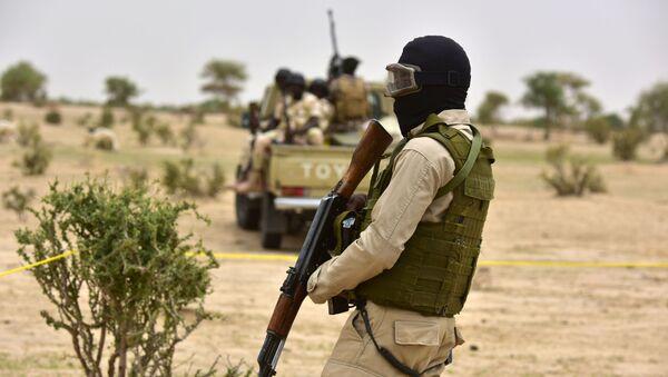 Patrol wojskowy w Nigrze. Zdjęcie archiwalne - Sputnik Polska
