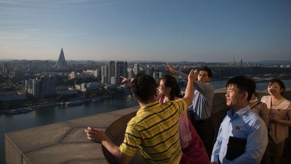 Turyści w Pjongjang - Sputnik Polska