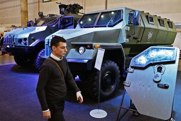 Wystawa Broń i bezpieczeństwo w Kijowie - Sputnik Polska