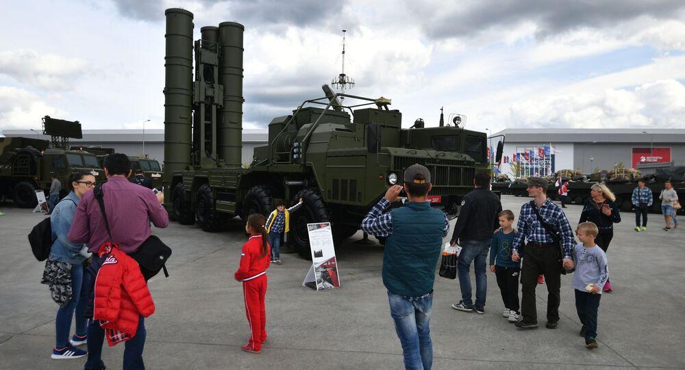 Wyrzutnia rakietowa S-400 Triumf