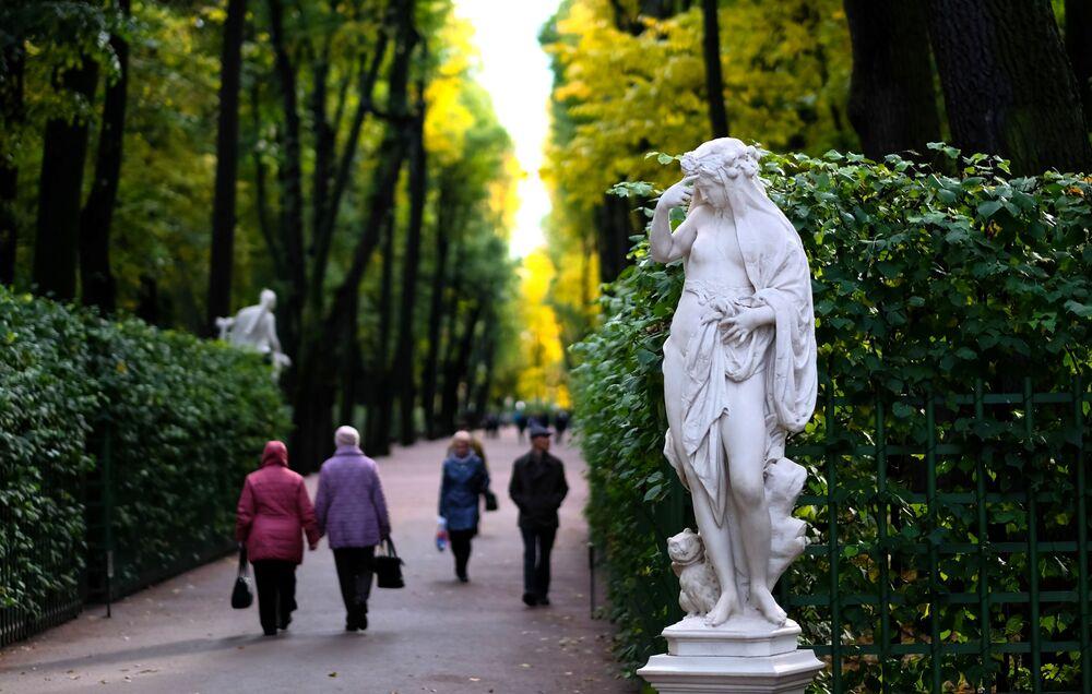 Ogród Letni w  Petersburgu