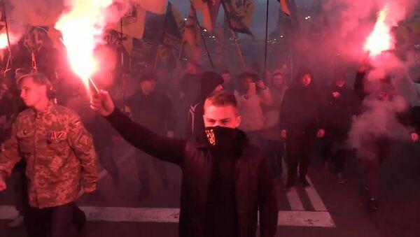 Marsz Chwały Bohaterów w Kijowie - Sputnik Polska