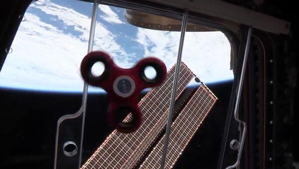 Fidget spinner w kosmosie - Sputnik Polska