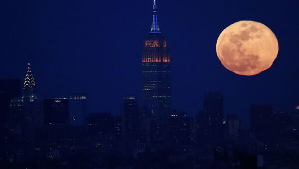 Pełnia księżyca w Nowym Jorku - Sputnik Polska