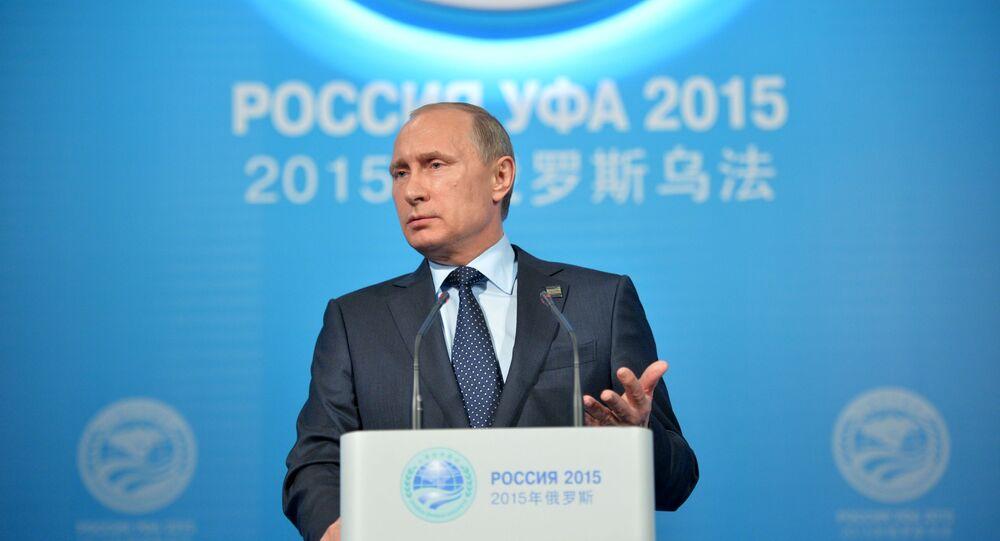 Prezydent Rosji Władimir Putin podczas konferencji prasowej podsumowującej szczyt BRICS i SOW w Ufie