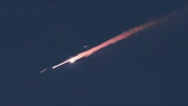 Świecący się obiekt nad Dubajem - Sputnik Polska
