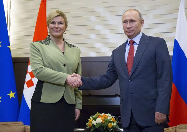 Prezydent Republiki Chorwacji Kolinda Grabar-Kitarovic i prezydent Rosji Władimir Putin na spotkaniu w Soczi