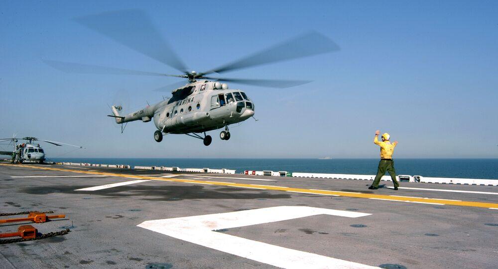 Heliktoper Mi-17 meksykańskiej floty morskiej