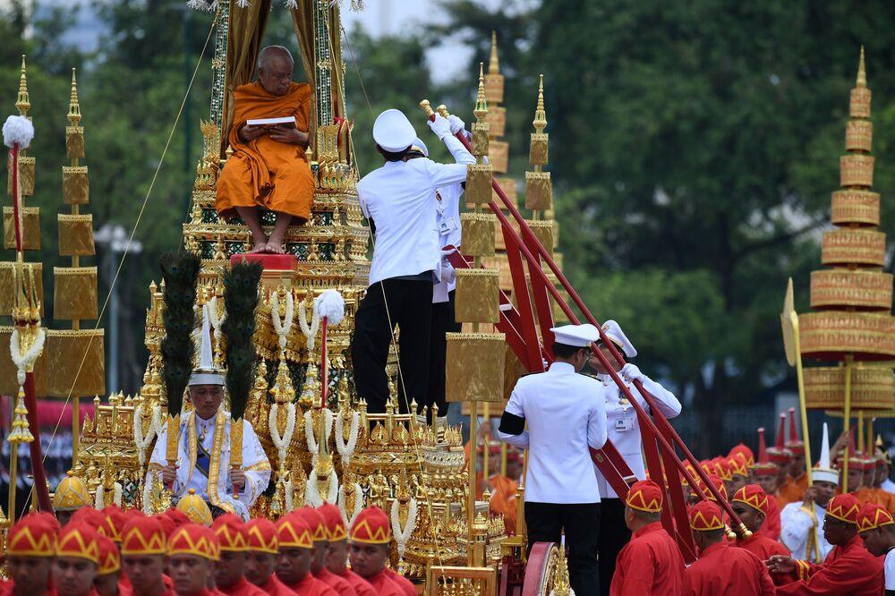 Ceremonia kremacji króla Tajlandii Rama IX