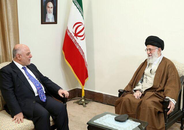 Premier Iraku Hajdar al-Abadi i najwyższy przywódca Iranu ajatollah Ali Chamenei na spotkaniu w Teheranie