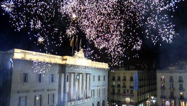Katalonia świętuje ogłoszenie niepodległości. - Sputnik Polska