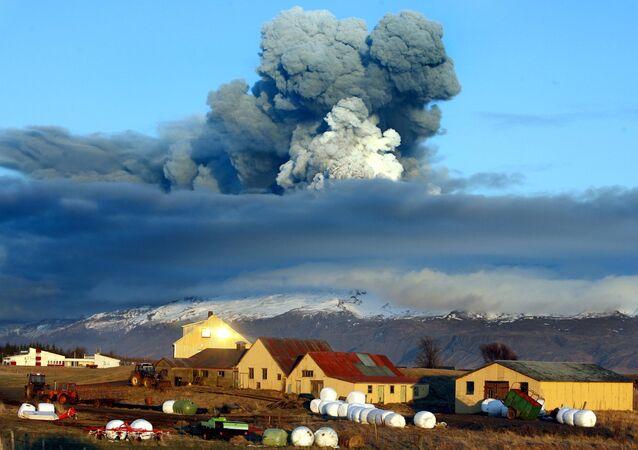 Ausbruch des Vulkans Eyjafjallajökull auf Island