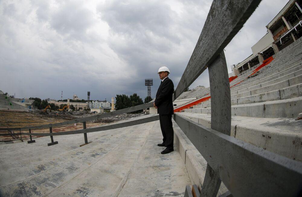 Budowanie stadionu w Jekaterynburgu