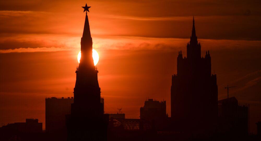 Kreml o zachodzie słońca
