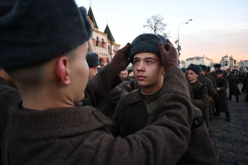 Przygotowania do 76. rocznicy wojennej parady 7 listopada 1941 roku