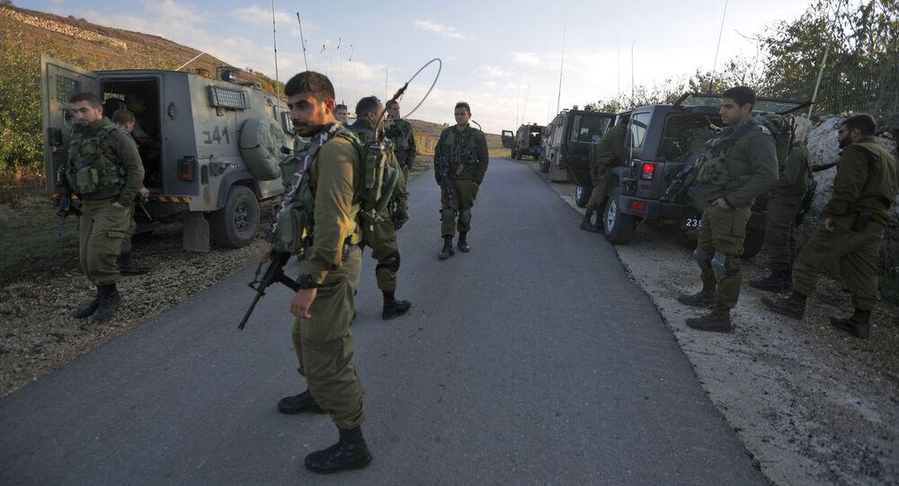 Izraelscy żołnierze w rejonie Wzgórz Golan na granicy z Syrią