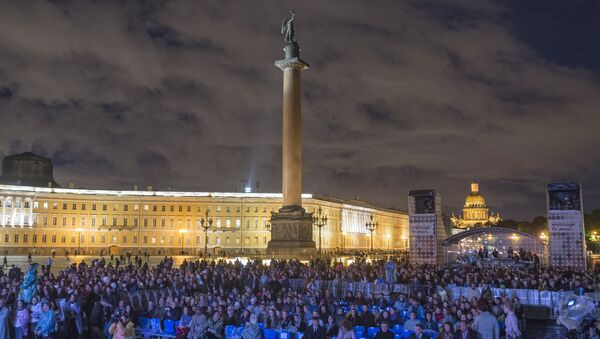 Plac Pałacowy w Petersburgu. - Sputnik Polska