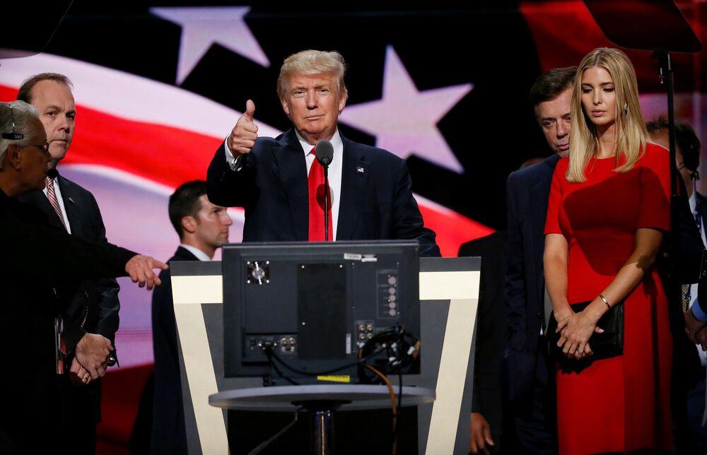 Republikański kandydat na prezydenta Donald Trump z córką Ivanką Trump podczas Kongresu Narodowego Partii Republikańskiej w Clevelandzie.