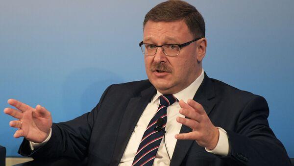Przewodniczący Komitetu Rady Federacji do Spraw Międzynarodowych Konstantin Kosaczew - Sputnik Polska