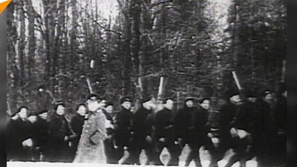 Rewolucja październikowa - Sputnik Polska