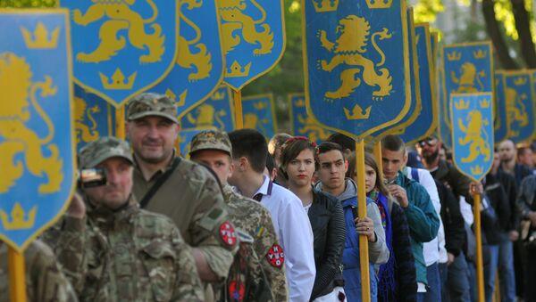 Uczestnicy marszu z okazji rocznicy utworzenia dywizji SS Galizien we Lwowie - Sputnik Polska