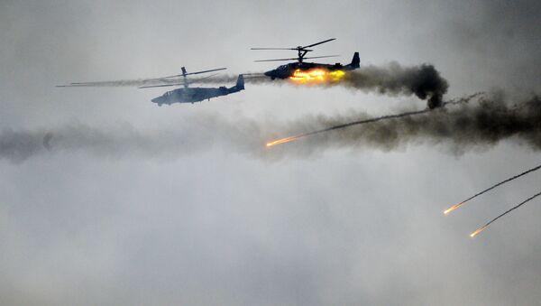 Helikoptery Ka-52 na wspólnych ćwiczeniach sił wojskowych Białorusi i Rosji Zapad-2017 - Sputnik Polska