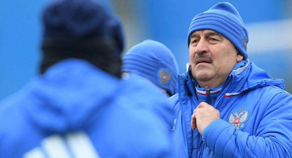 Główny trener reprezentacji Rosji w piłce nożnej Stanisław Czerczesow
